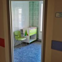 Детское отделение КВД 1 Санитарная комната с пеленальным столом